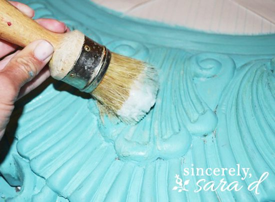 Chalk Paint - Waxing