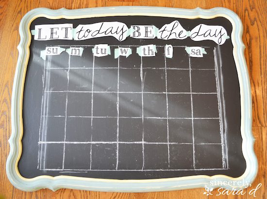 Free printable for chalkboard calendar