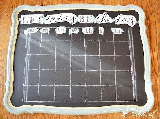 Free printable for chalkboard calendar