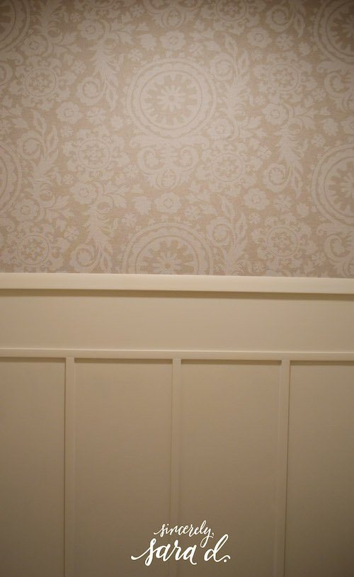 Bathroom Fabric Starched Wall