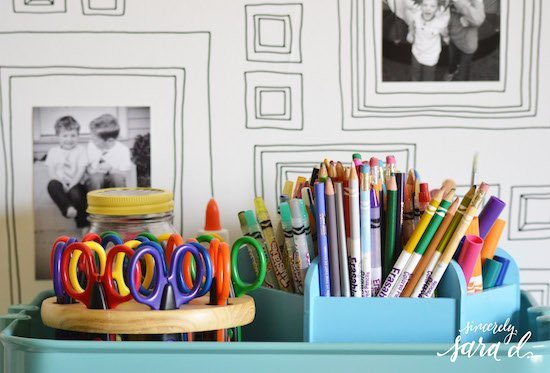 Art Supplies & Frame Wallpaper