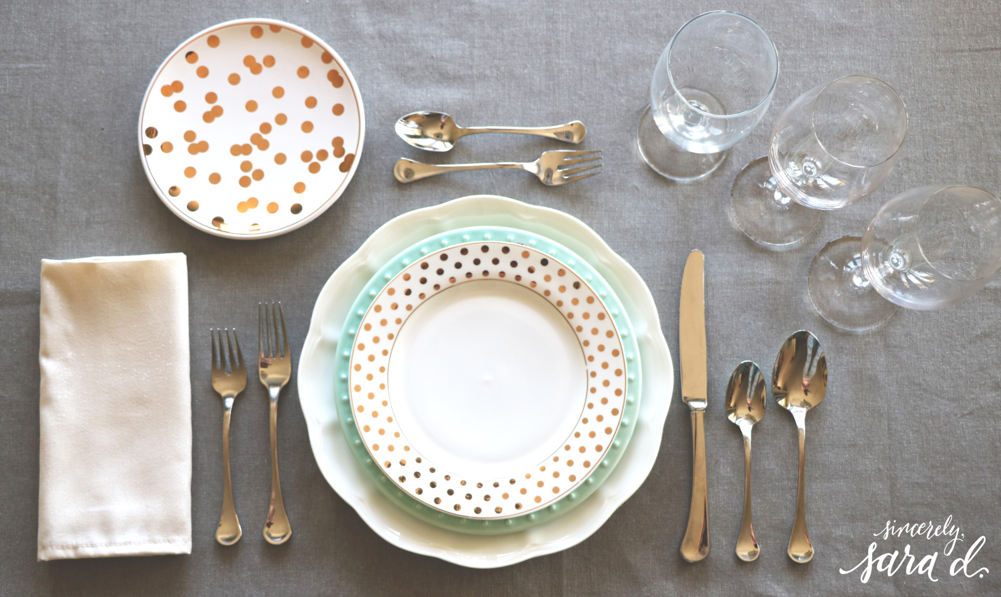 Entertaining Tips & Setting a Proper Table | Sincerely, Sara D.