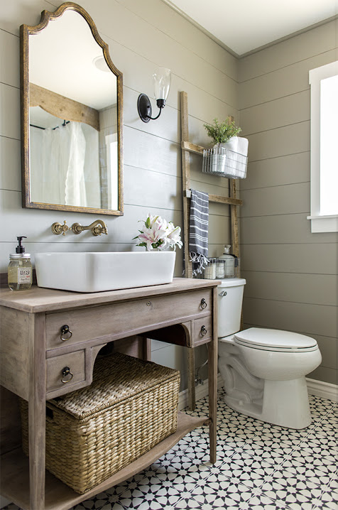 I decided I needed to add some shiplap to my home, so I started researching  DIY tutorials to achieve the shiplap look.