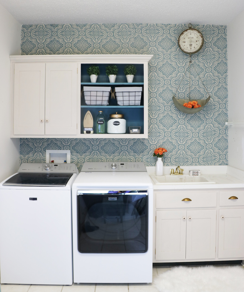 Diy laundry room makeover sincerely sara d for Room makeover