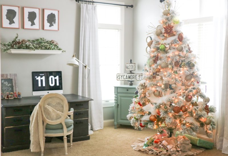 sincerely-sara-d-christmas-home-tour-2
