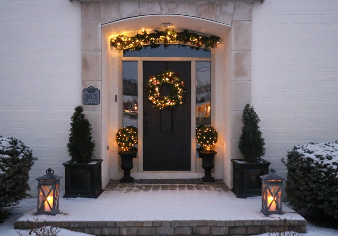 Front Door Makeover with Balsam Hill - Sincerely, Sara D.