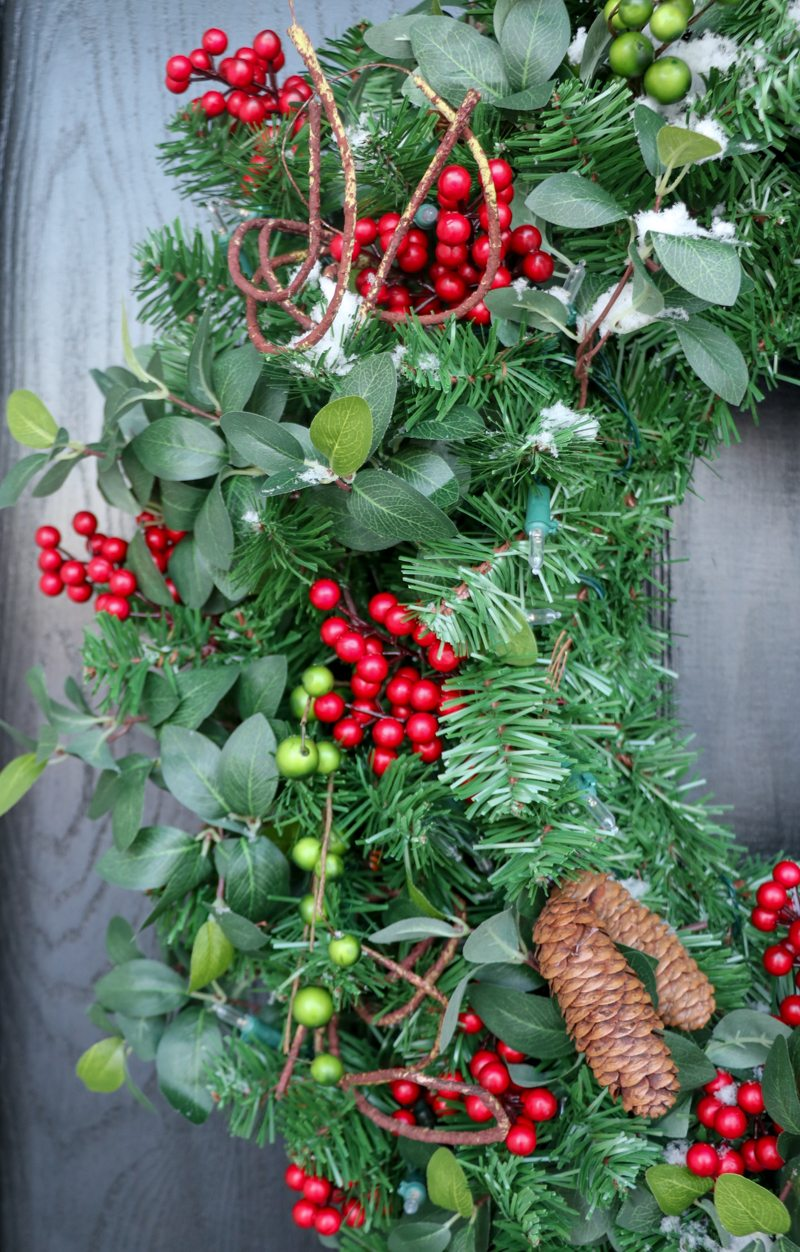 winter-decor-with-balsam-hill_-7