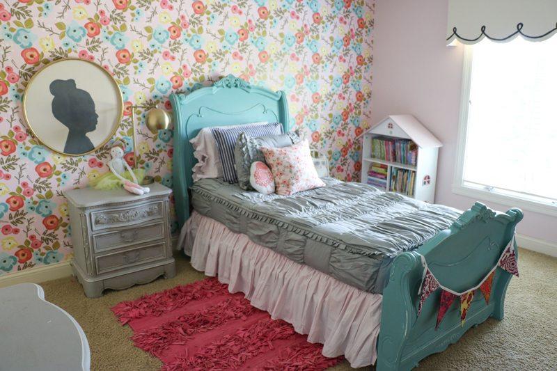 Lena\'s Bedroom Makeover   Floral Wallpaper - Sincerely, Sara D.