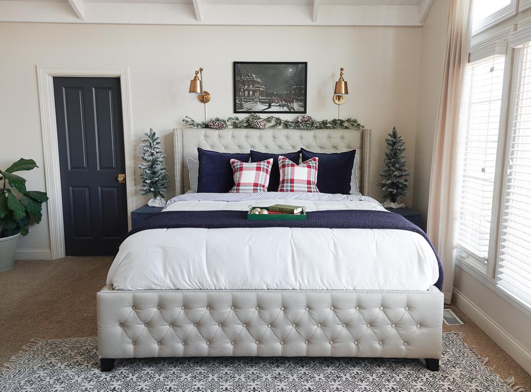 Holiday Bedroom Decor Ideas - Sincerely, Sara D.